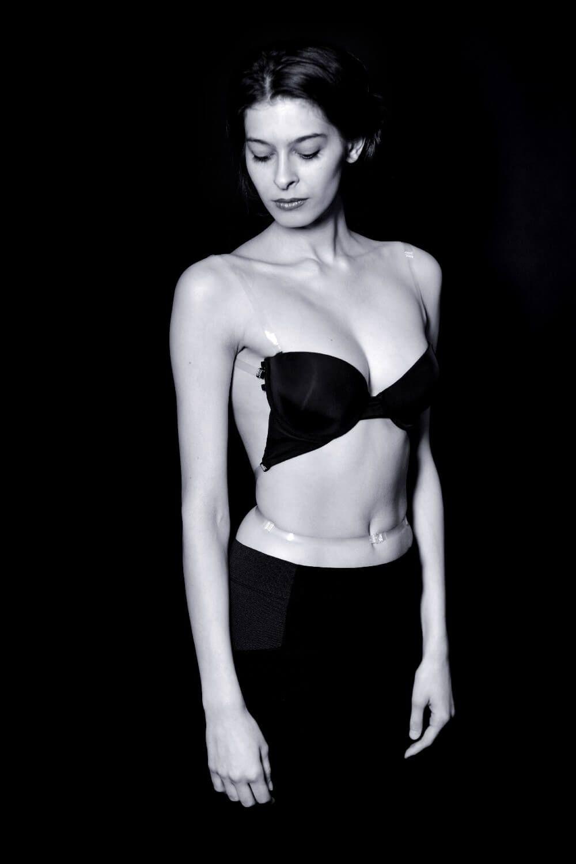 f46df7e4f0f23 ... soutien-gorge invisible pour tous les grands dos nus. Back to Glam -  Accessoires - Stéphanie Wolff Paris