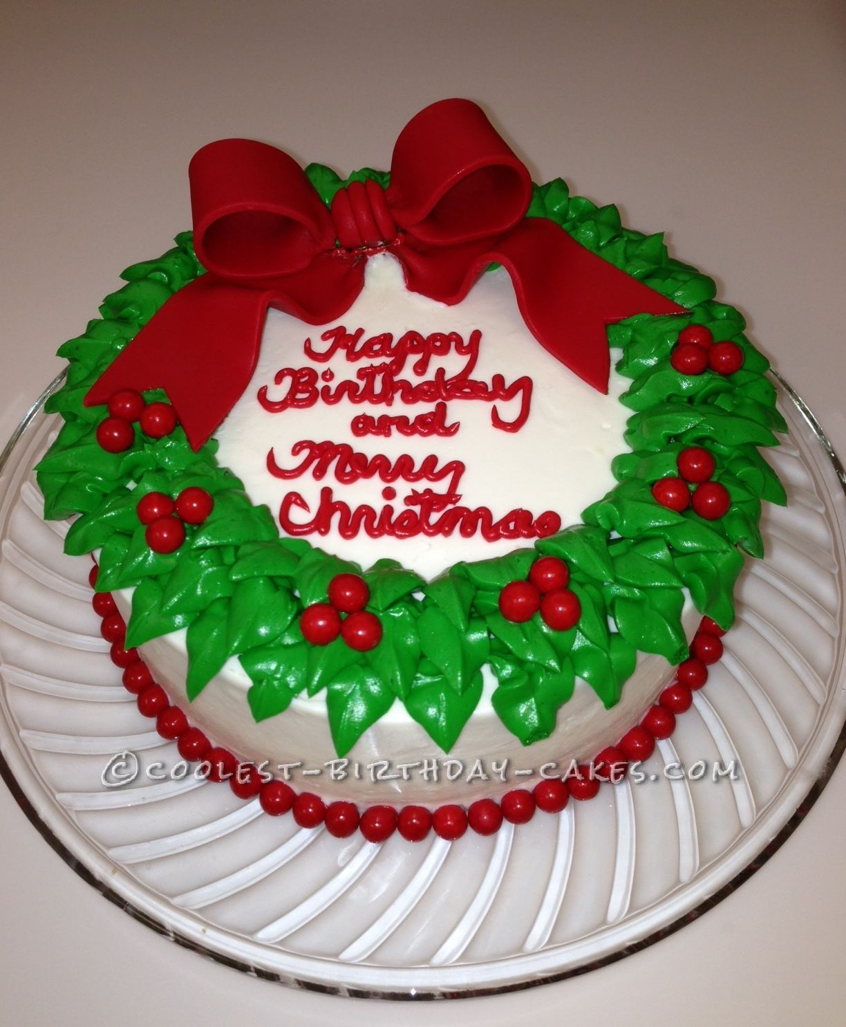 Coolest Wreath Cake Cool birthday cakes, Christmas