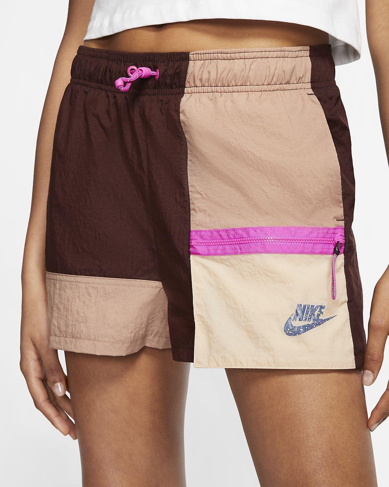 𝗧𝗥𝗡𝗗𝗬🔥 on Twitter in 2020 Womens shorts, Nike sportswear