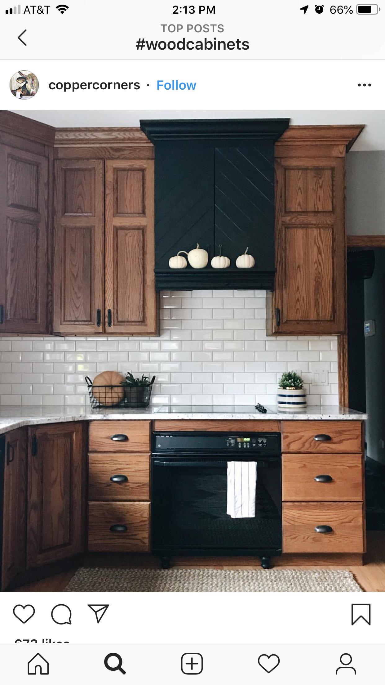 22 Cool Kitchen Cabinet Paint Color Ideas Kitchencabinets Kitchens Cabinets Makeove Oak Kitchen Remodel Solid Wood Kitchen Cabinets Trendy Kitchen Backsplash