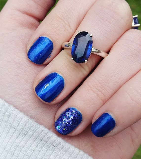 Midnight blue nails with loose violet-blue glitter | Nails ...