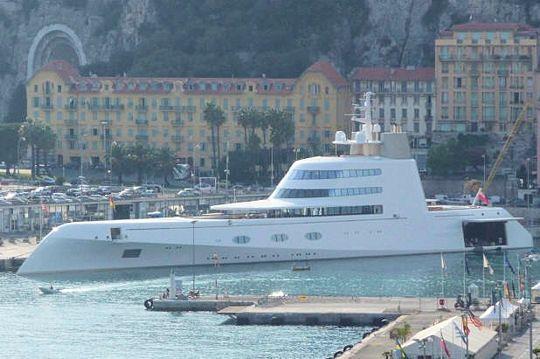 yacht de andreï melnichenko