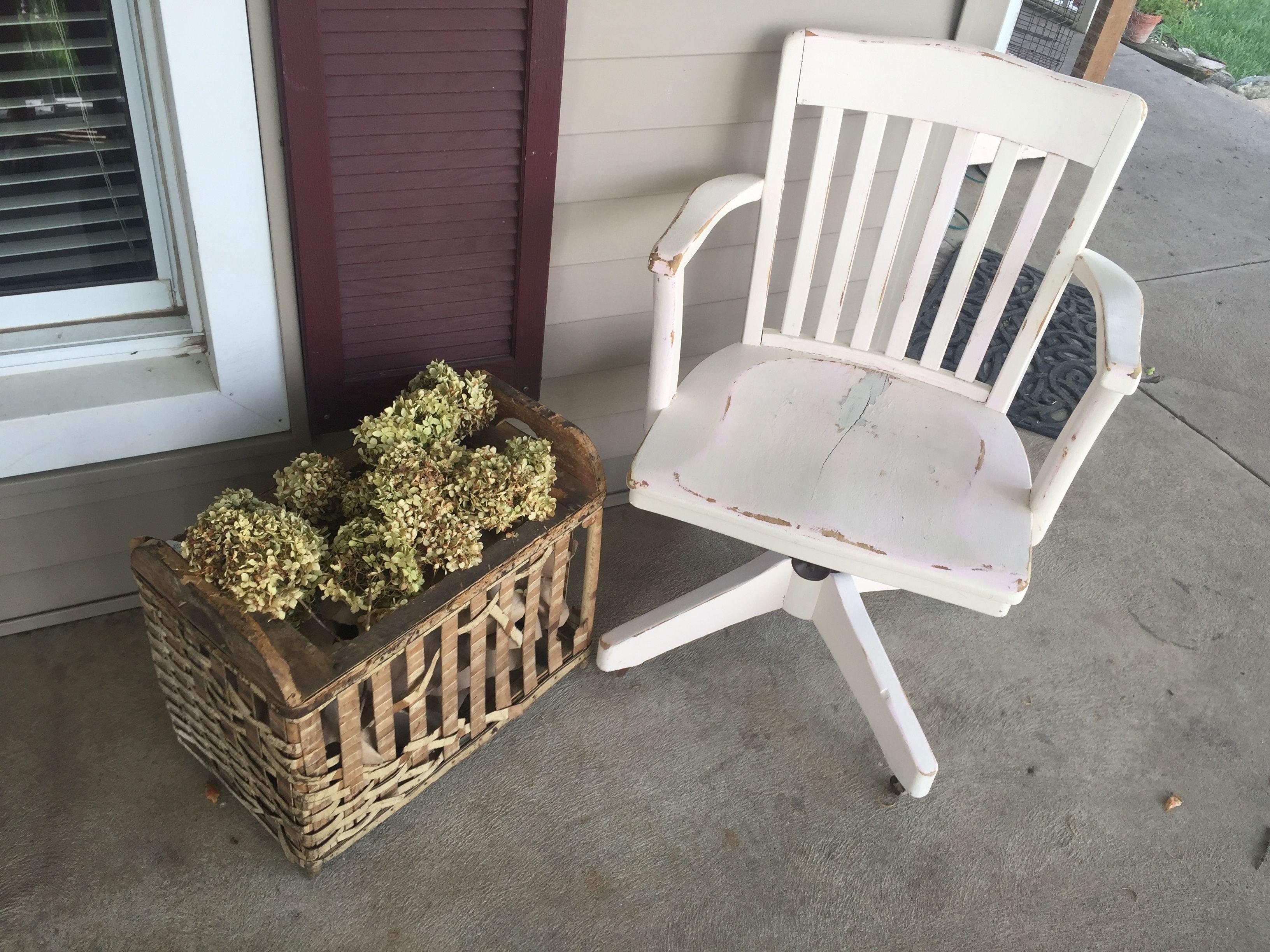 Etonnant Library Chair Redo Antique Hamper With Hydrangeas