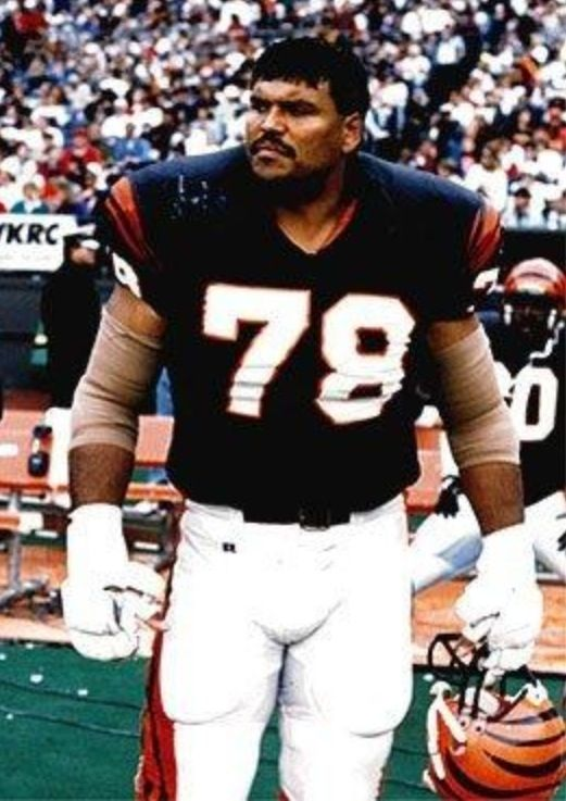 Anthony Munoz the Great 78 | Football hall of fame, American football, Nfl  teams