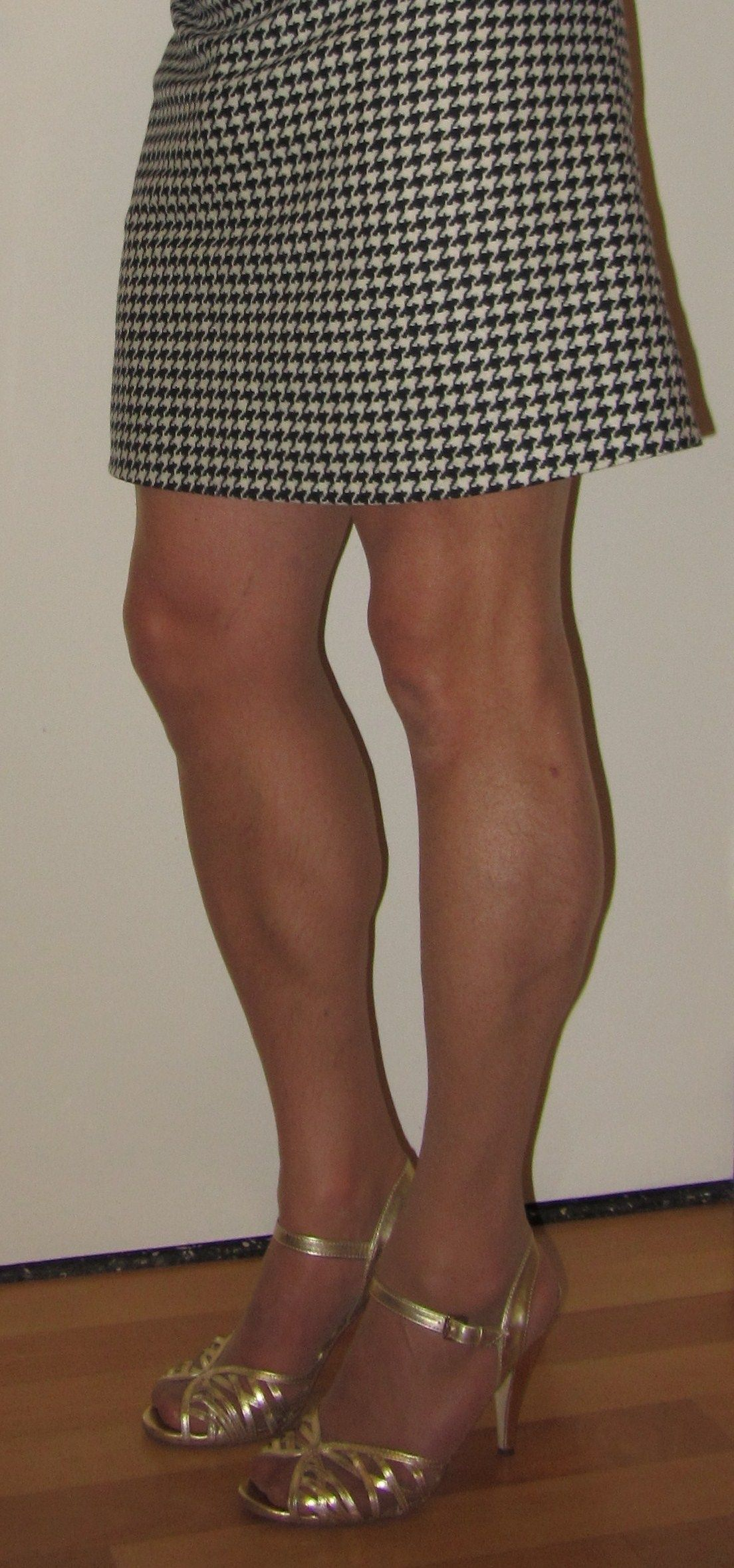 d11b8e3f0eb36a Me Cindy Cross crossdressing. My legs. Crossdressed in sheer pantyhose,  short black and white skirt and golden high heel sandals.