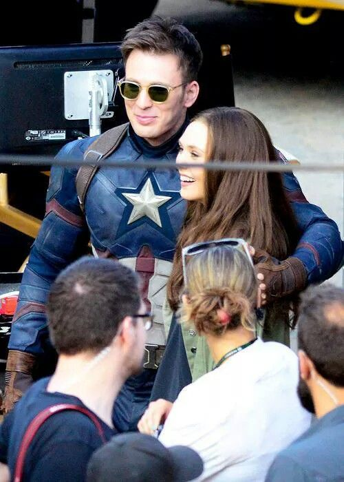 30 Adorable Images Of Chris Evans And Elizabeth Olsen Together Chris Evans Captain America Captain America Civil War
