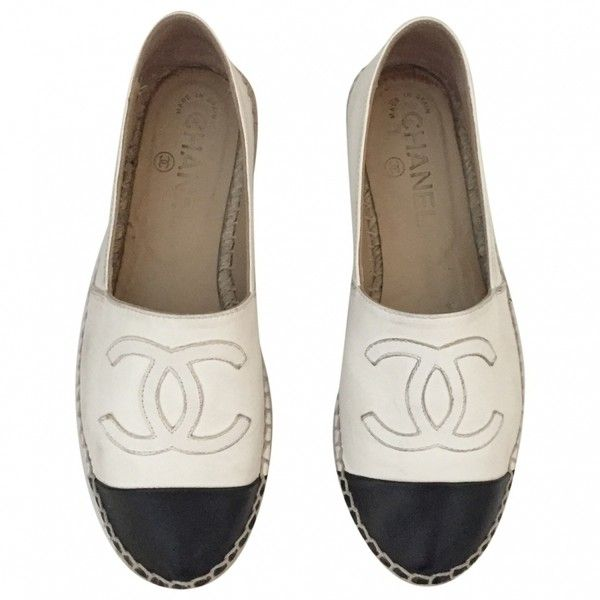 White Leather Ballet flats CHANEL