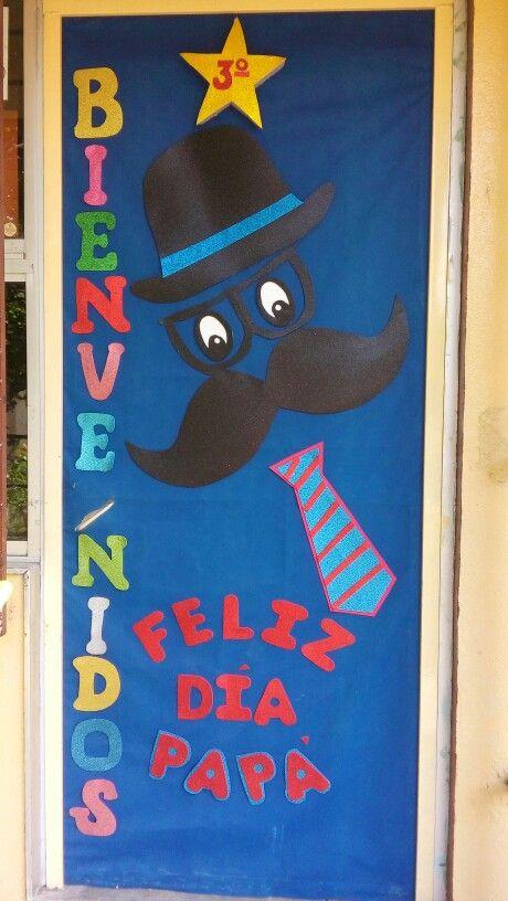 Puerta junio puertas pinterest puertas decoracion for Puertas decoradas dia del libro