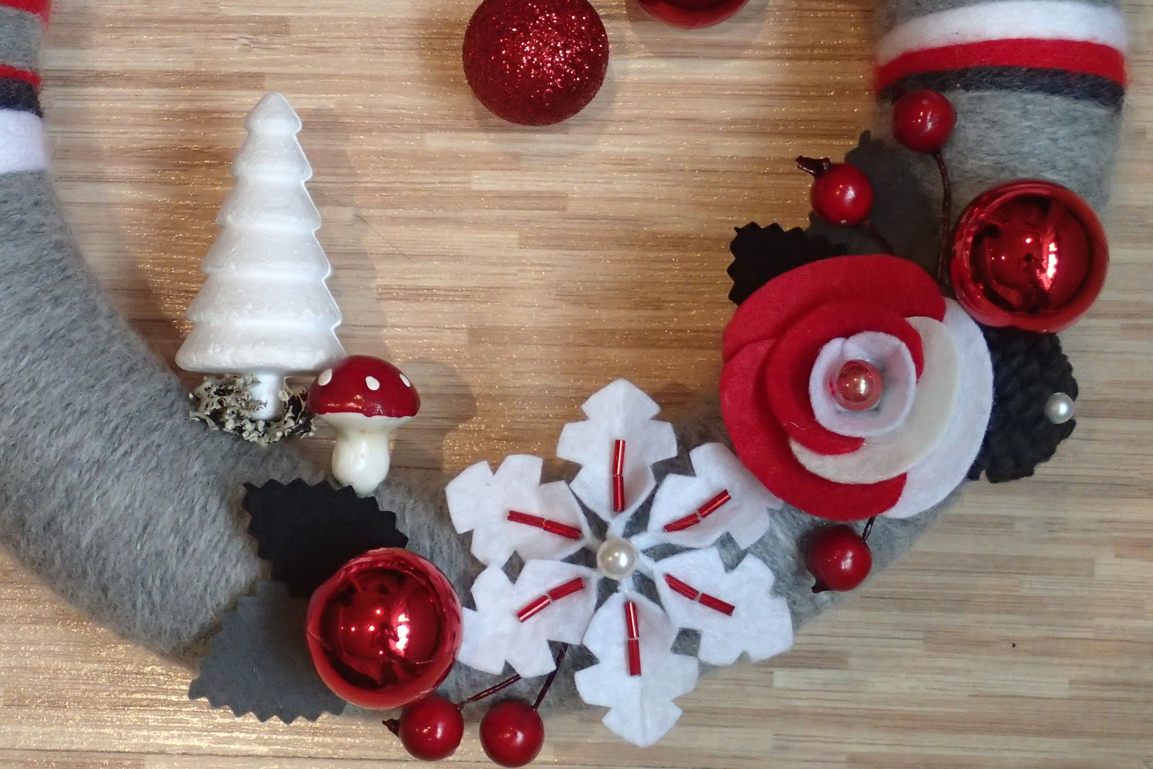 Christmas Gray Red White Yarn Felt Wreath with Red Rose, Snowflake, Christmas Tree and Toadstool Detail - https://www.facebook.com/Luksdecor
