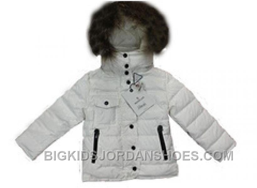 60e38a82edc3 Pin by daniel on Moncler Coats Kids
