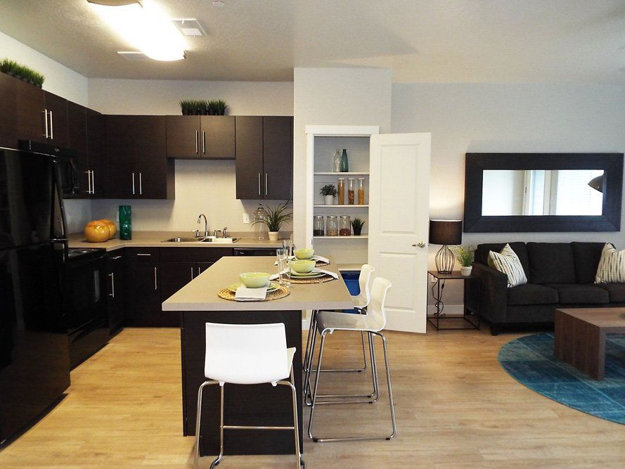 Enclave Apartments In Salt Lake City Utah Income Restrictions May Apply Enclave Apartments City Apartment Enclave