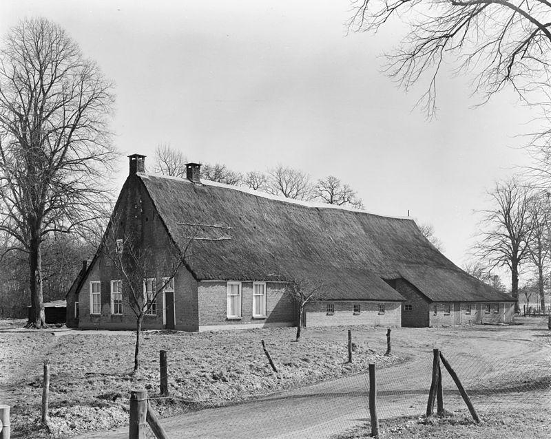 Wapserveen, Oosteinde 10 - rijksmonument uit de 18e eeuw