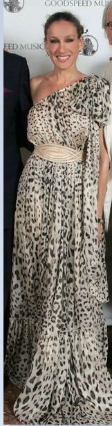 Who made Sarah Jessica Parker's animal print one shoulder gown?