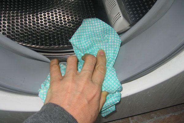 Les 6 Astuces Pour un Nettoyage Complet de la Machine à Laver