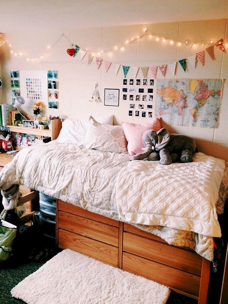 82 Lovely Cute Diy Dorm Room Decoration Ideas Rustic Dorm Room
