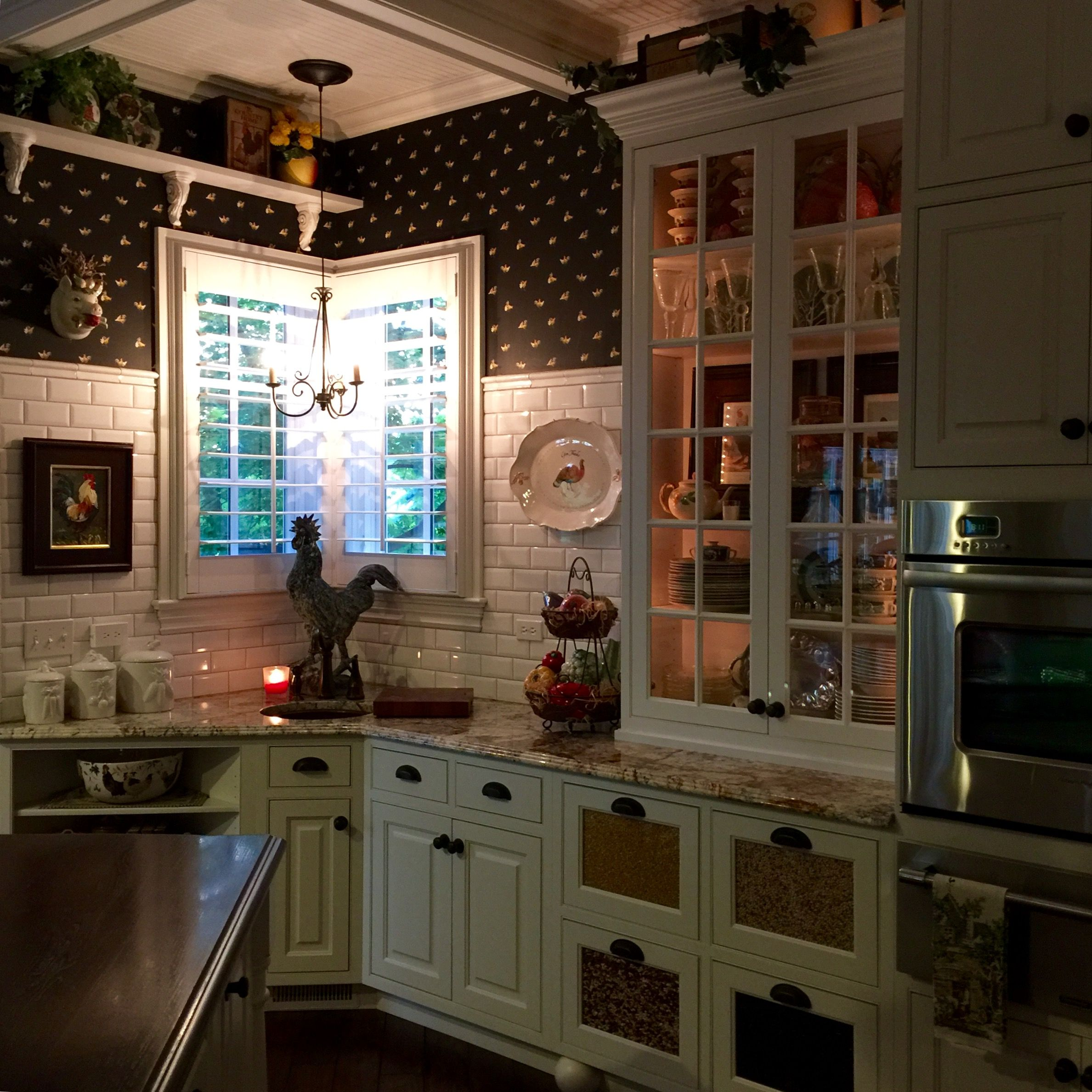 Pin By Kevin Kemp On Klkdzyn Originals Kitchen Home Staging Kitchen Cabinets