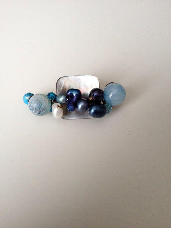 Blue Brooch  Agate Crystals & Pearls Brooch  by LittleGemsByLuisa #bluebrooch #bluepin
