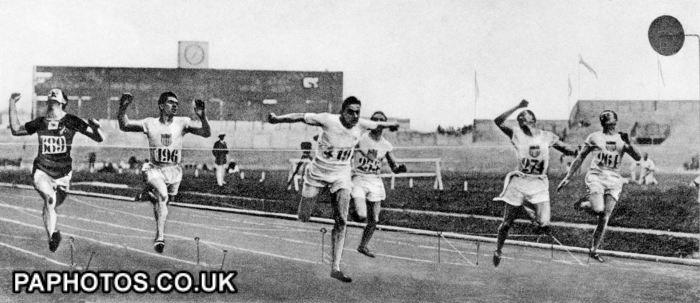 Athletics - Paris Olympic Games 1924 - Men's 100m - Final