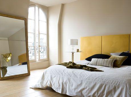 Peinture chambre zen couleur lin et tête de lit jaune Avon and