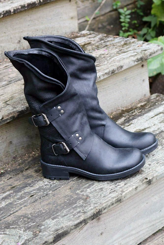 84ca364d8d7e Westward Bound Black Tulip Boot With Buckle Hardware
