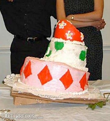 worst wedding cake disasters this was someone s professional wedding cake cake 27644