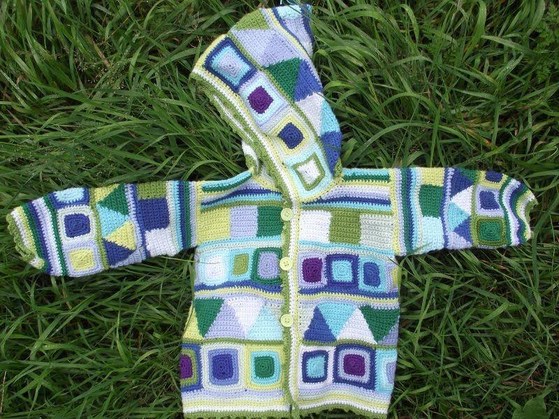 2012. Hæklet jakke til 2barnebarnet