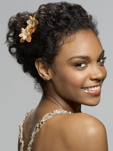 Stunning Prom Hairstyles That Will Elevate Your Whole Entire Look Natural Hair Styles Curly Hair Styles Naturally Curly Hair Updo