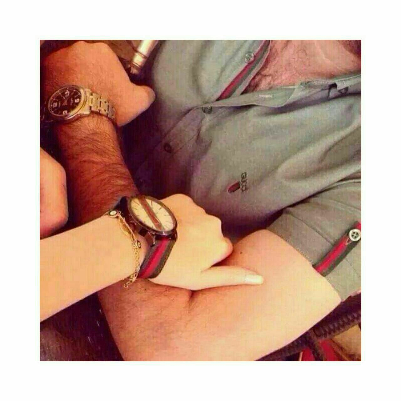 Pin By Zozo On صور كبلات Couple Hands Photo Lovely
