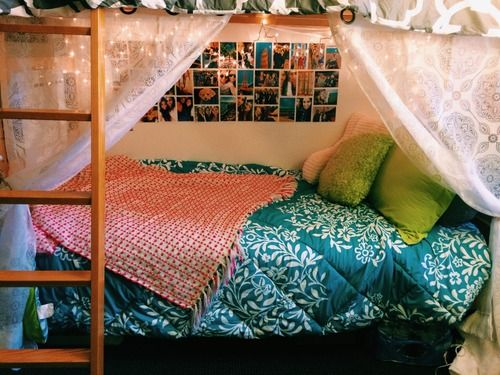 how to make the bottom bunk cool