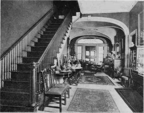 Old mansion interior photographs plate lxxx old for Inside colonial homes