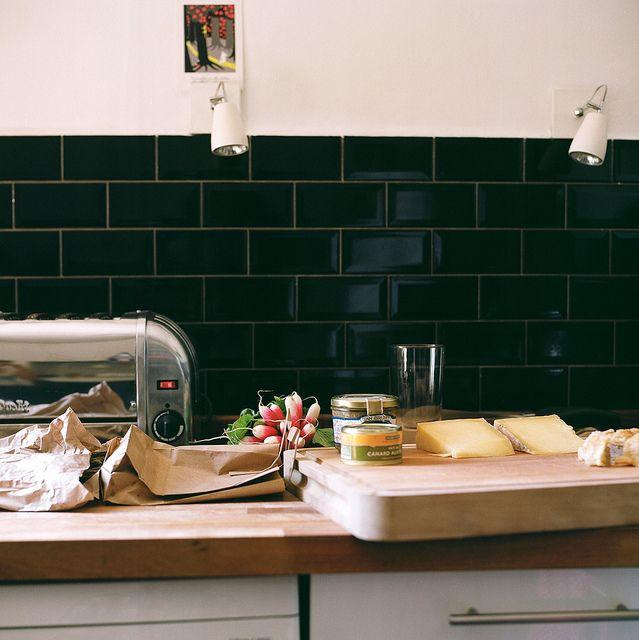 25 Best Ideas About Rental Kitchen On Pinterest: Best 25+ Black Subway Tiles Ideas On Pinterest