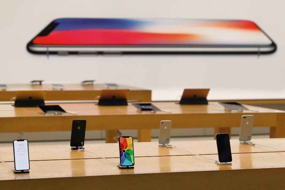 Poor Iphone X Sales Are Good News For Apple Iphone Apple Ios Apple