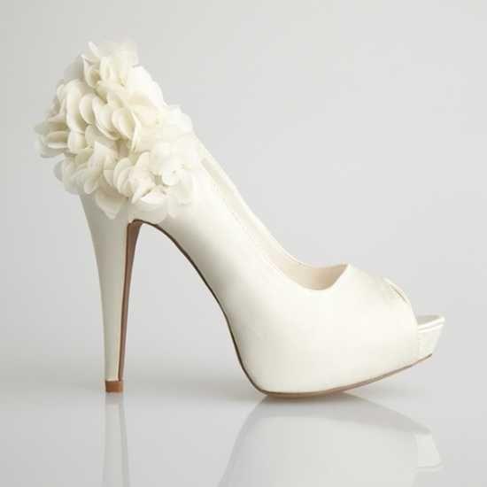 052fad523d Tendencia de zapatos 2013 - Foro Moda Nupcial - bodas.com.mx ...