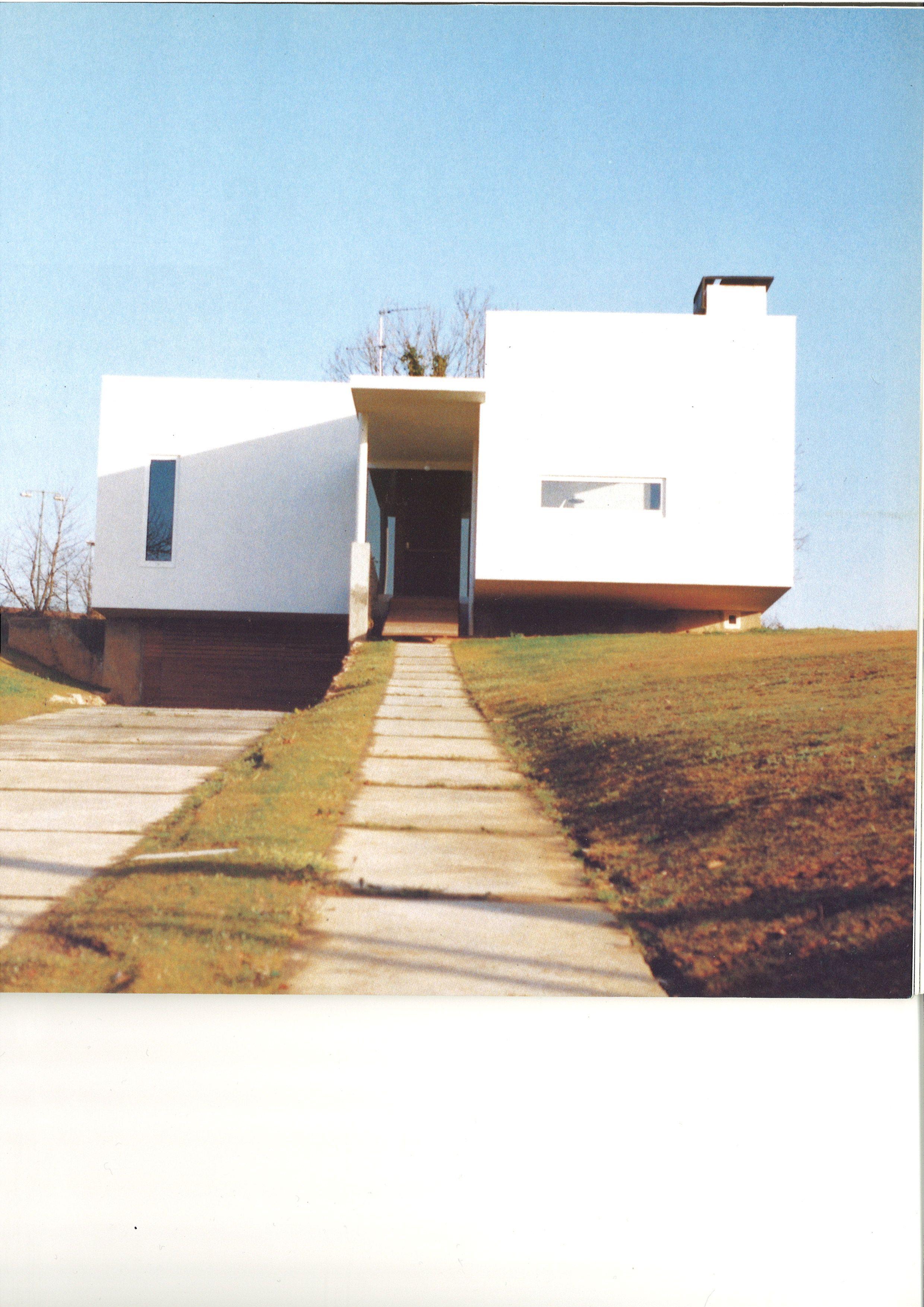 Xv premio asturias de arquitectura 2000 vivienda unifamiliar ti ana oviedo en cat logo - Arquitectos en oviedo ...