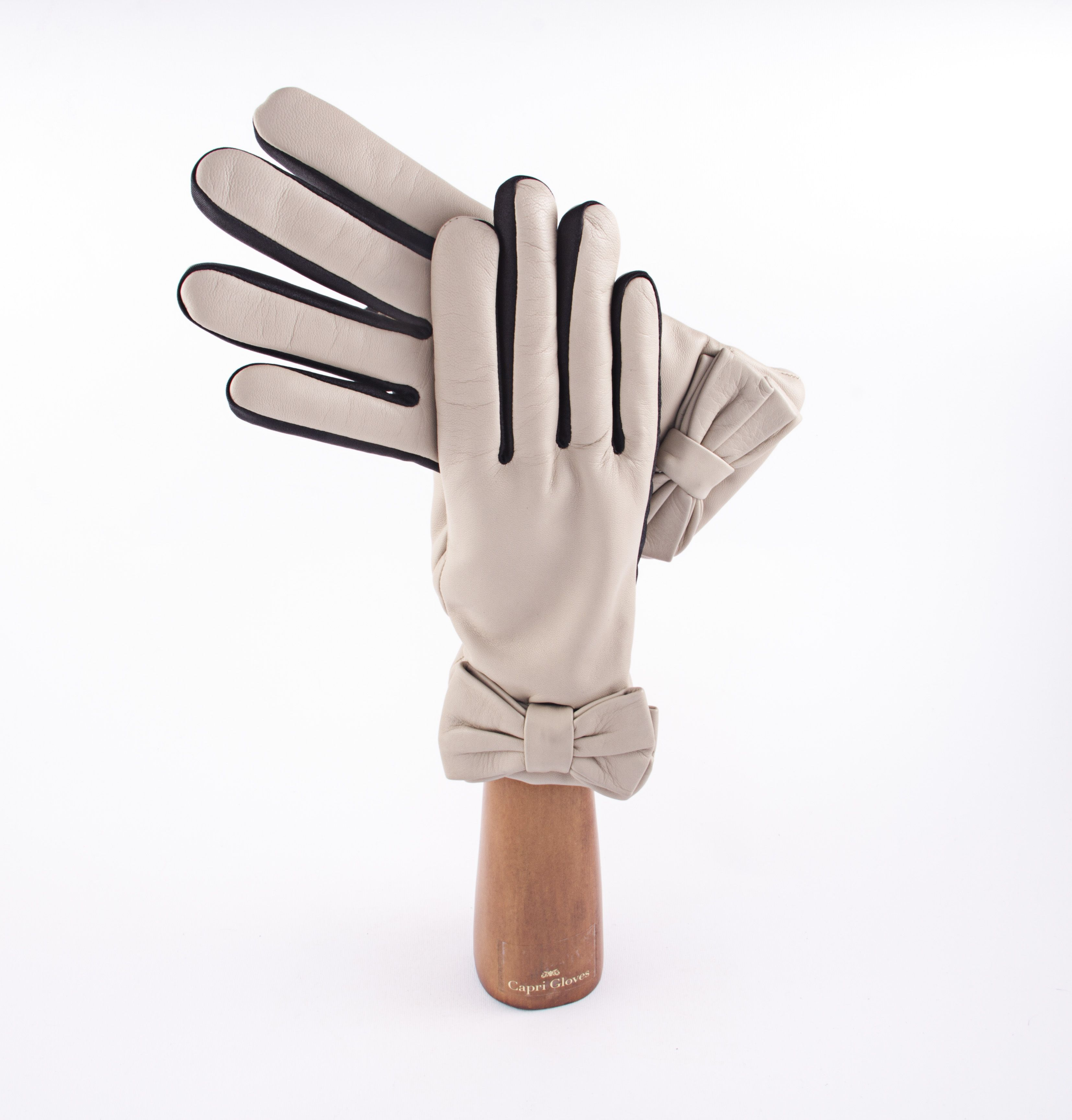 Bow Capri Gloves