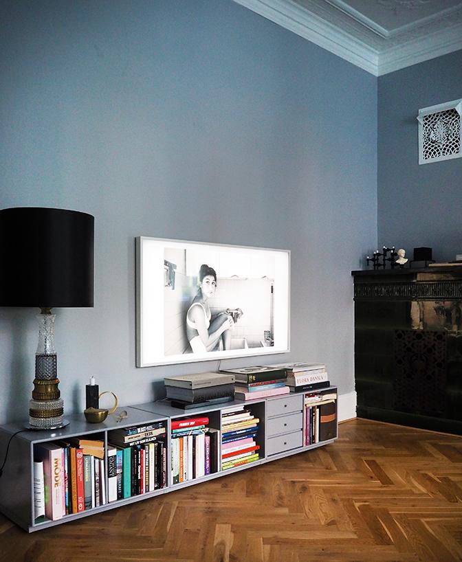 Photo of REST benk i grått stylet av Boligcious.