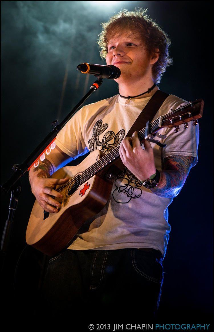 Ed sheeran flannel shirt  Pero es que dioos mio Cómo no amarlo  Ed Sheeran  Pinterest