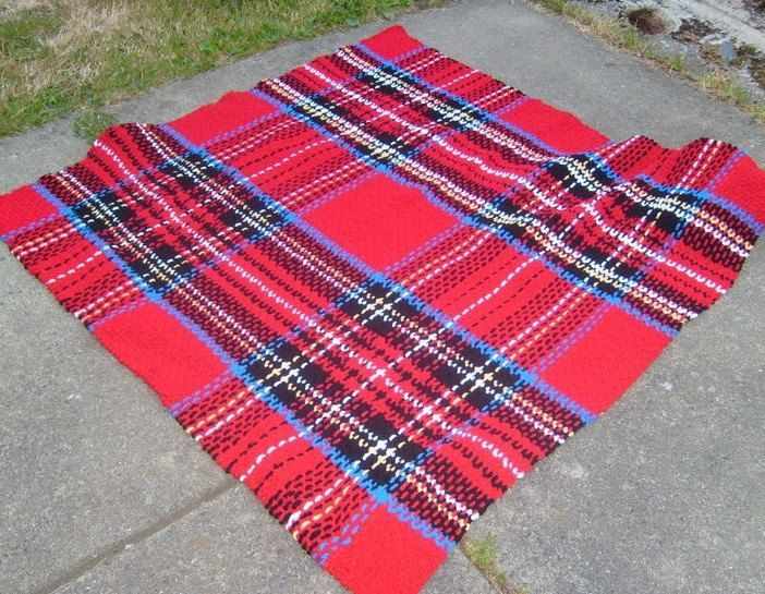 Crocheted Tartan--yes THAT IS CROCHET! (with a few woven pieces ...