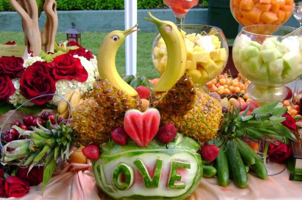 sneak peek – 5.24.08 | Fruit displays, Display and Weddings