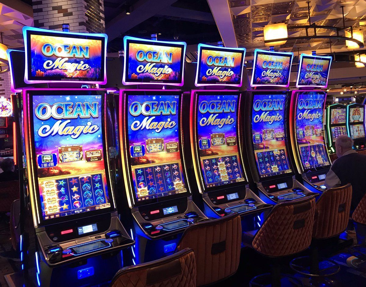 Casino New Jersey Online Gamblers Detect Slot Flaw, Win Nearly $1M But  Casinos Slow to Pay | Casino slot games, Slot online, Casino slots