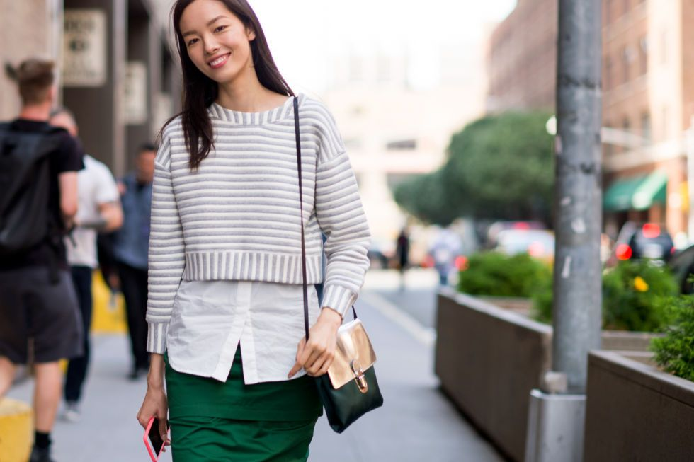 Style Hack: Layer a Crop Top Over an Oxford Shirt | Closetful of Clothes