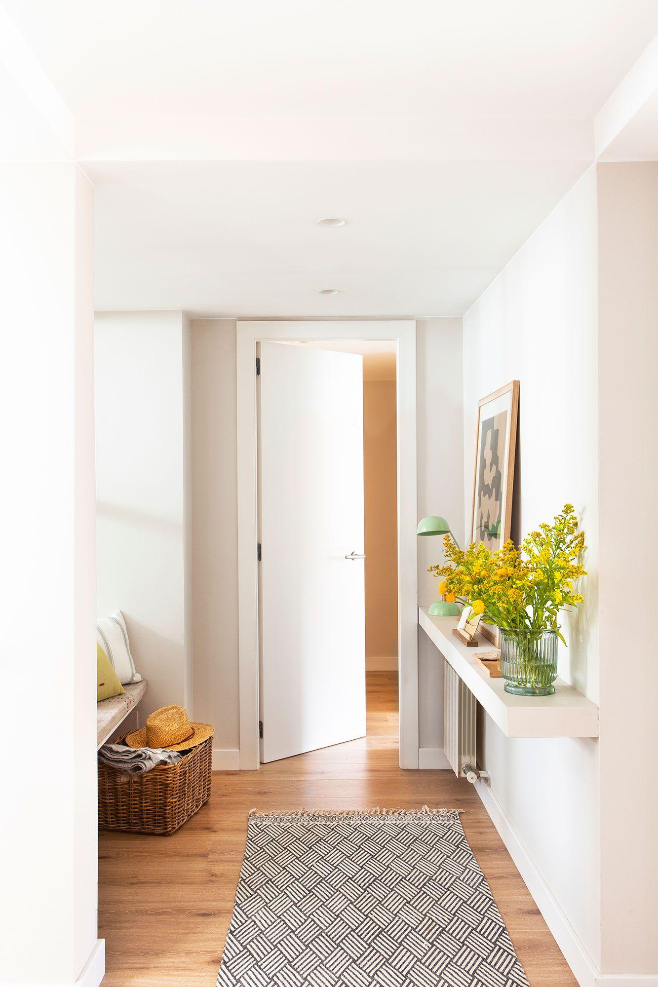 Con una balda basta en 2019 mini espacios house for Puertas decorativas para interiores