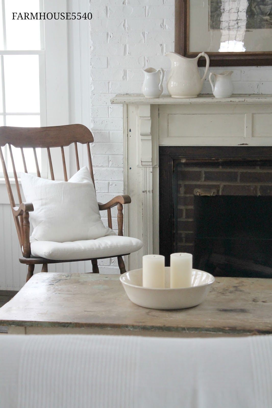 February finds farmhouse rocking chairs living room