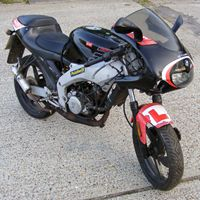 Aprilia RS50 1999 to 2005 (2 Stroke - 50cc)   Motorcycle Helmets and