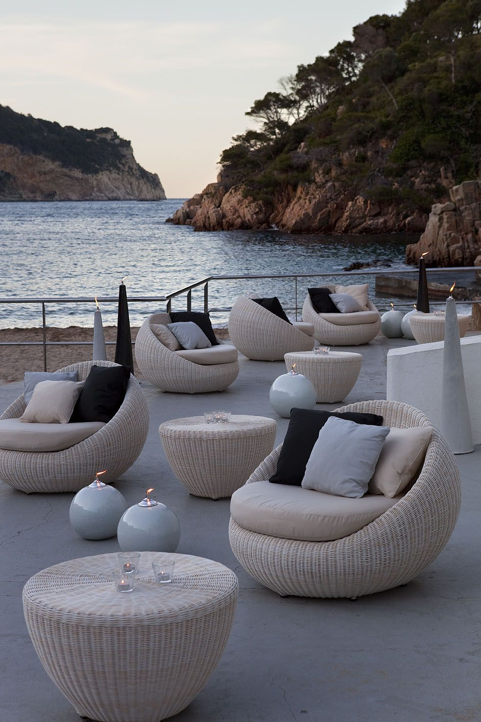 Bubble Chair  DOMO is part of Outdoor furniture decor - Paying homage to life outdoors The comfort and functionality of the Point collections pay homage to life outdoors and the freedom …