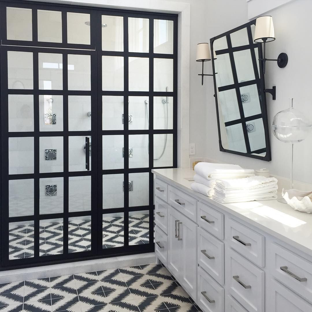 Black and White Bathroom - love this