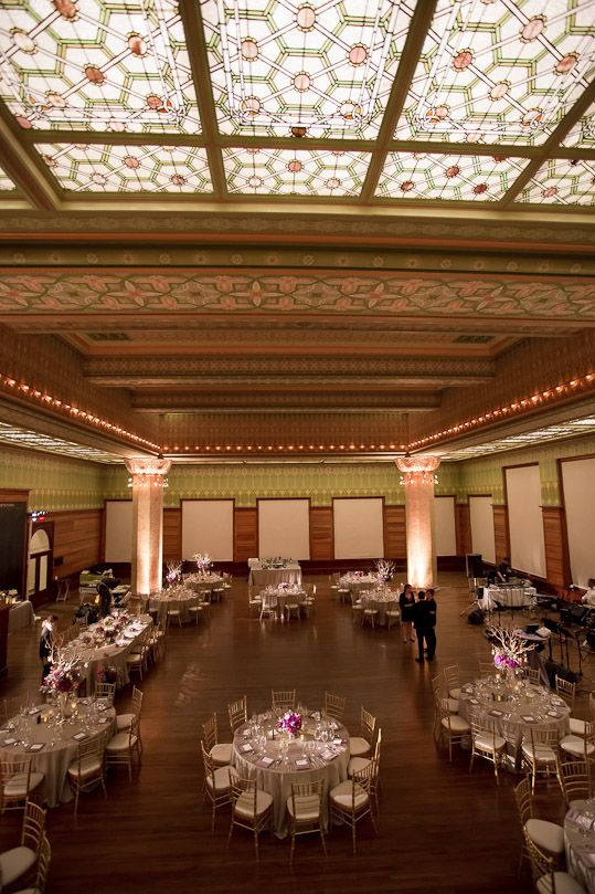 Art Insute Of Chicago Stock Exchange Room