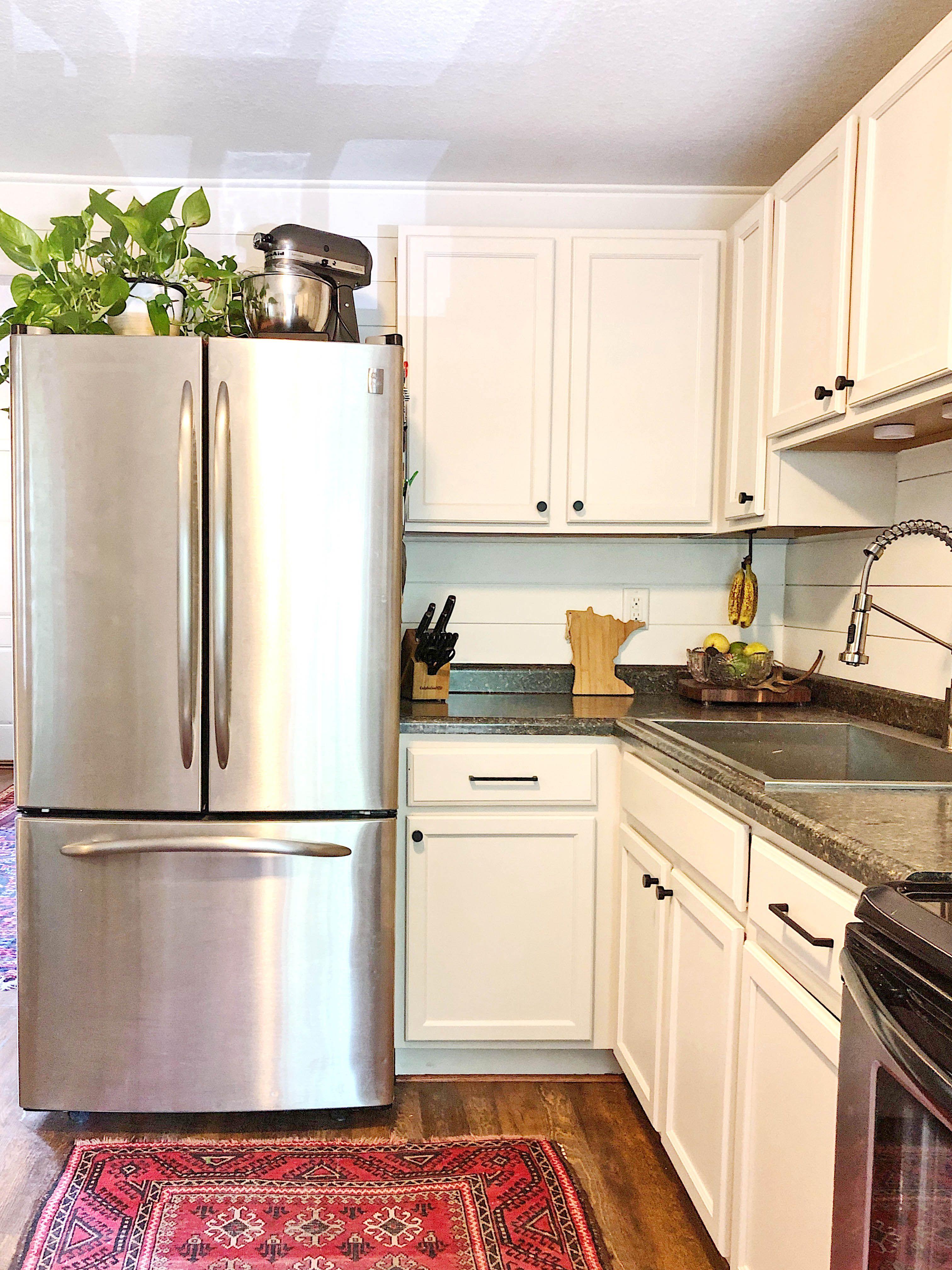 Fresh Update To Brighten A Dark And Small Kitchen Cabinets Sw 9109 Natural Linen Walls Sw 7008 Alabaster Kitchen Cabinets Kitchen Small Kitchen