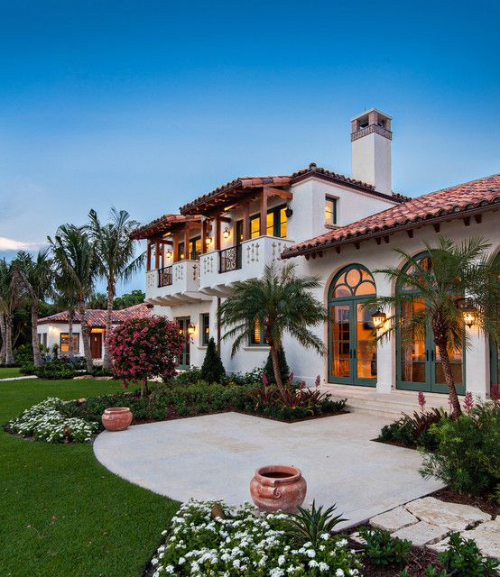 15 Phenomenal Mediterranean Exterior Designs Of Luxury Estates Spanish Style Homes Spanish House Spanish Style Home