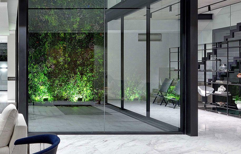 House With An Atrium